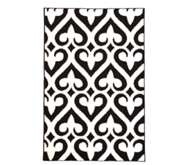 Rugs Add Style To Your Dorm -  Fleur-de-lis Rug - Black and White - A Must-Have Dorm Decor Supply