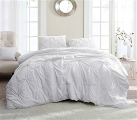 Superbe White Pin Tuck Twin XL Comforter